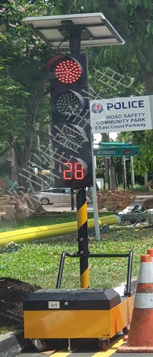 200mm traffic light-3