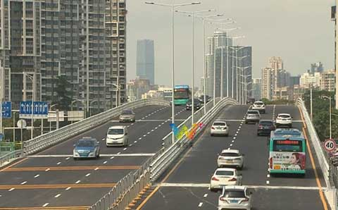 The traffic lights of Shenzhen Huangmugang Interchange have been cancelled