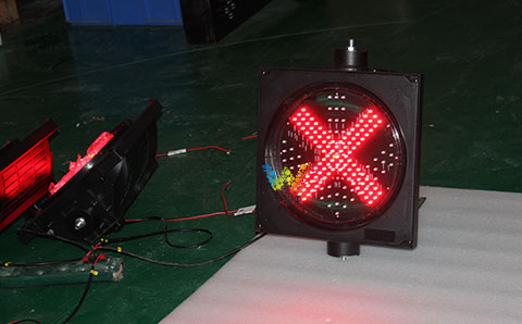 traffic light with RELAY-1