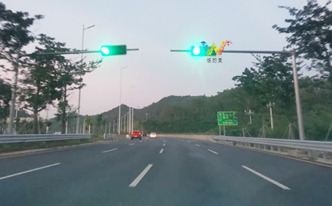 Nanping Express traffic signal light installed successfully